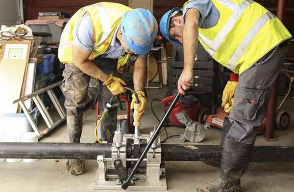 IMG-3520-Trenchless Repair C_Cropped_900x525-72dpi